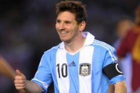Jugador de Trinidad y Tobago se rinde ante Lionel Messi [Video]