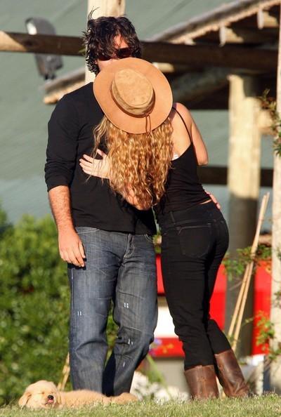Shakira y su novio fueron detenidos en Uruguay por conducir velozmente