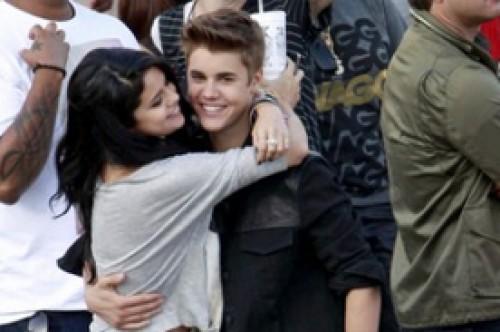 Selena Gomez y Justin Bieber ya estarían viviendo juntos