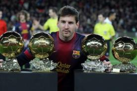 Barcelona: Messi lució su colección FIFA Balón de Oro en el Camp Nou - Video