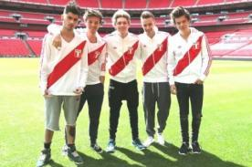 One Direction vistiendo las camisetas de Sudamérica - Fotos