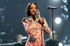 ¡Rihanna donará becas a estudiantes americanos!