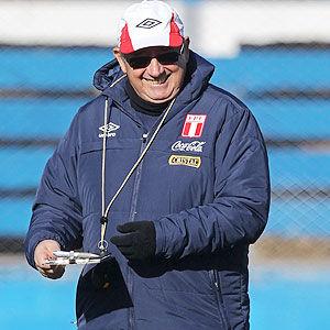 Copa América 2011: Bilardo visitó a Markarián durante los entrenamientos de Perú
