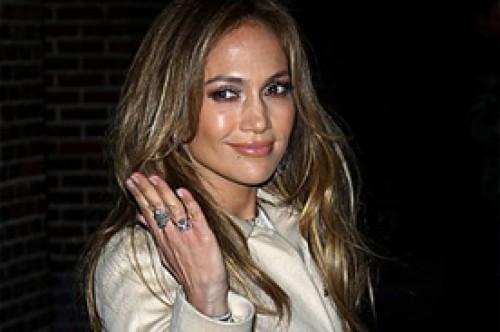 Jennifer Lopez será presentadora en los Premios Oscar 2012