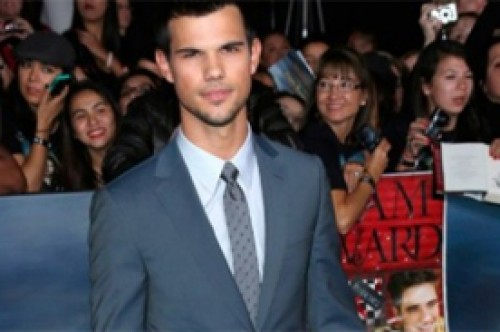 A Taylor Lautner le gustaría que produzcan un musical de Saga Crepúsculo