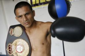 Alberto Rossel defenderá esta noche su título mundial de boxeo