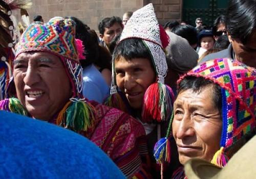 Gerente de Cultura calificó como un 'cáncer' el habla quechua