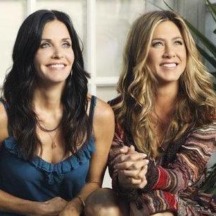 Jennifer Aniston y Courteney Cox en nuevas fotos de la serie Cougar Town