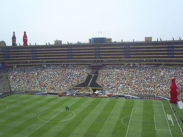 Universitario de Deportes: Hinchas rechazan llegada de Chemo del Solar