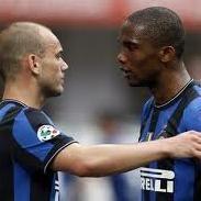 Fútbol italiano: Asaltan casas de Eto'o y Sneijder
