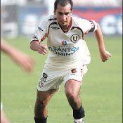 Universitario: Rainer Torres jugará hasta fin de año con los cremas
