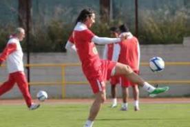 Fútbol peruano: Perú realizó su primer entrenamiento en Madrid