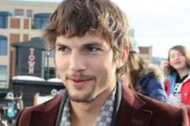 Ashton Kutcher cobrará US$ 1 millón por episodio en Two and a Half men
