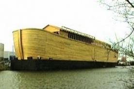 Insólito: Hombre construye réplica del Arca de Noé (Video)