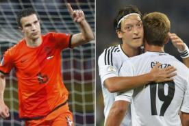 Robin van Persie y Mesut Özil fuera del Holanda vs Alemania