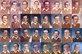 Profesor vistió igual en la foto de anuario por 40 años