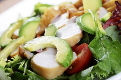 ¿Cuáles son los errores más comunes al preparar ensaladas? Descúbrelo