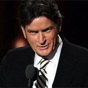 Charlie Sheen dedica discurso a Two and a Half Men durante los premios Emmy