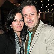 Ex esposo de Courteney Cox revela haber estado bebiendo desde su separación