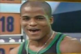 Video: 'Pantera' acusado de tocar las 'pompis' a las integrantes de Combate
