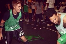 Justin Bieber y Chris Brown jugaron básquet por los BET Awards 2014