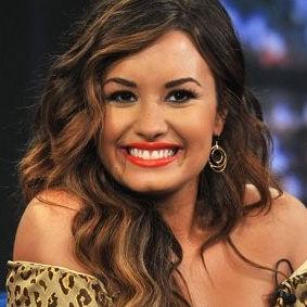 Demi Lovato asegura que ser modelo a seguir no es una carga para ella