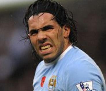 Fútbol inglés: Mancini mandó a Carlos Tévez  jugar en la reserva del Manchester City