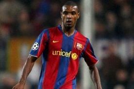 Fútbol español: Eric Abidal renueva con el Barcelona