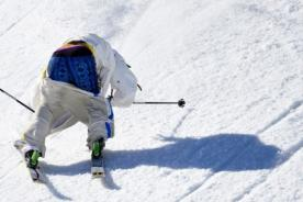 Sochi 2014: Sueco termina su carrera en esquí con los pantalones abajo