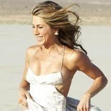Jennifer Aniston comparte dieta de desintoxicación con Courteney Cox