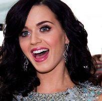 Katy Perry niega haber criticado el video de Britney Spears: Hold It Against Me