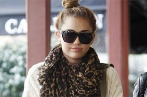 Miley Cyrus estaría sufriendo de insomnio