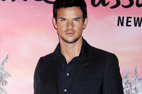 Taylor Lautner tiene una nueva estatua de cera en Nueva York