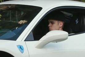 Fotos: Justin Bieber y Selena Gomez juntos en un lujoso Ferrari blanco