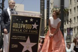 Jennifer Lopez recibió estrella en el Paseo de la Fama de Hollywood