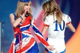 Taylor Swift y ex de Harry Styles muestran su amistad con una 'nalgada'