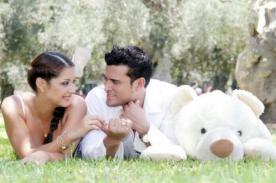 Karla Tarazona y Christian Domínguez en tierna sesión fotográfica