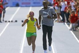 Usain Bolt: El hombre más veloz del mundo guió a una atleta ciega