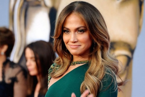 Instagram: Jennifer Lopez sorprende con gran escote