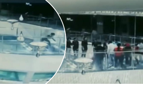 Mujer tropezó, cayó a tanque de tiburones y este fue el inesperado desenlace