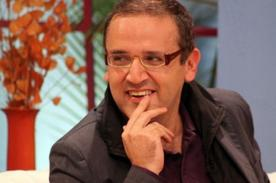 Beto Ortiz invita a las personas a la presentación del libro de Pedro Suárez