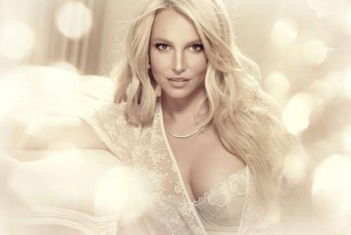 Britney Spear le puso fin a su noviazgo con David Lucado