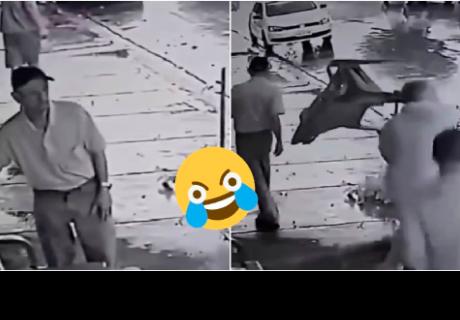 La sorpresiva reacción de un hombre en una pelea callejera te hará sentir identificado
