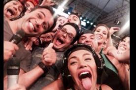 Combate: Concursantes y conductores realizaron un 'selfie' - Foto