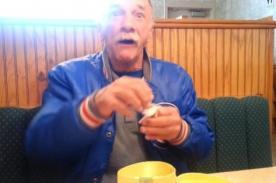 ¡Conmovedor! Reacción de un padre cuando se entera que será abuelo- VIDEO
