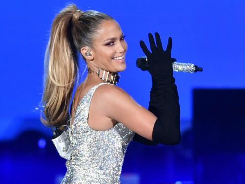 JLo y Justin Bieber causaron alboroto en su presentacion en 'Fashion Rocks 2014'