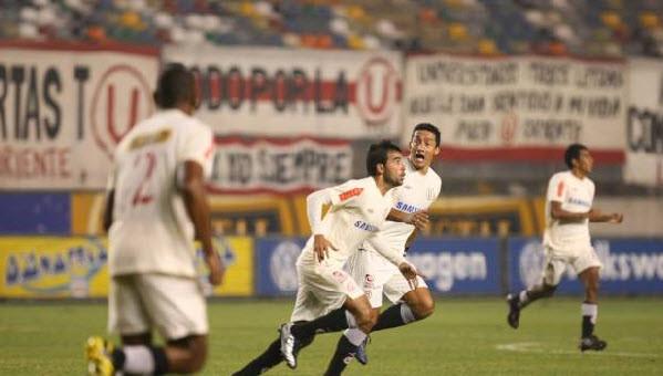 Universitario de Deportes: Espinoza habría llegado a un acuerdo económico con el club