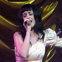 Madre de Katy Perry quiere publicar un libro sobre sus memorias