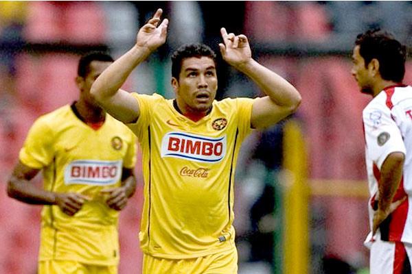 Salvador Cabañas podría jugar fútbol nuevamente