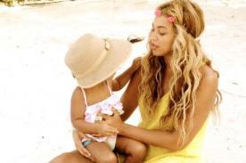 Beyoncé y su hija de vacaciones en playa de Miami - Fotos